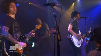 Fall-Out-Boy-The-Phoenix-Live-On-JBTV-1024x576